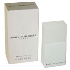 Angel Schlesser woman